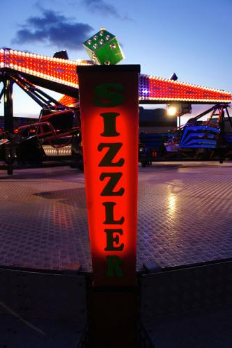 pat-collins-funfair-sizzler-ride-10
