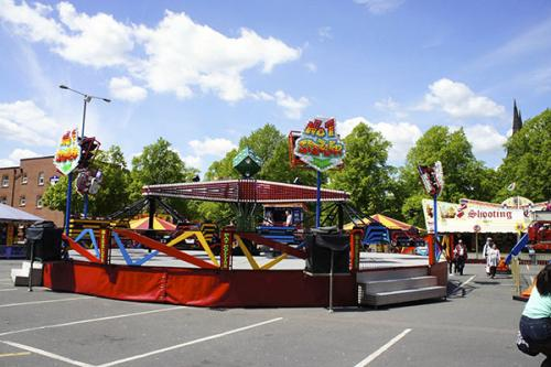 pat-collins-funfair-sizzler-ride-8