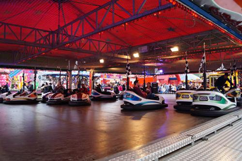 pat-collins-funfairs-dodgems-12