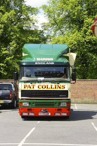 pat-collins-funfairs-trucks-2