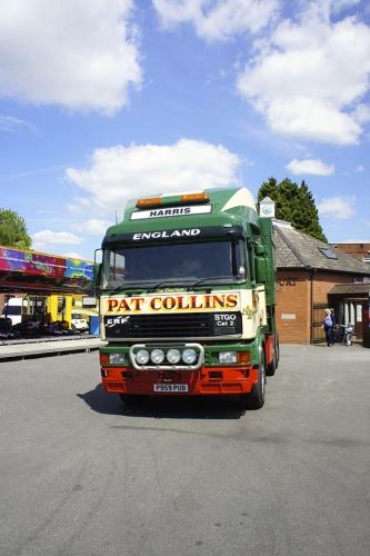 pat-collins-funfairs-trucks-5